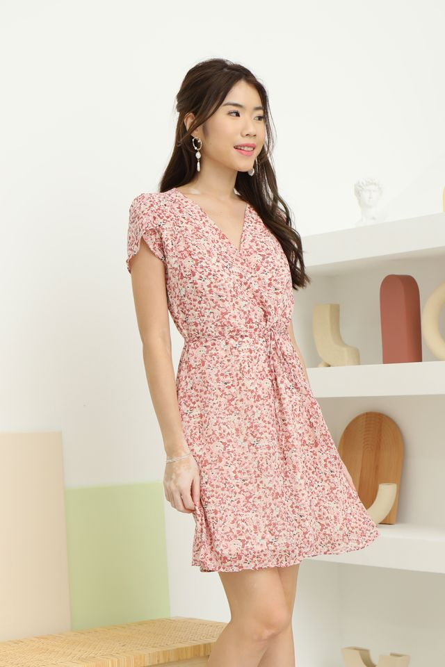 Kinsley Floral Dress in Red