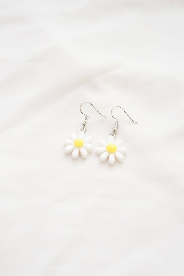 Mini Mini Daisy Earrings in White