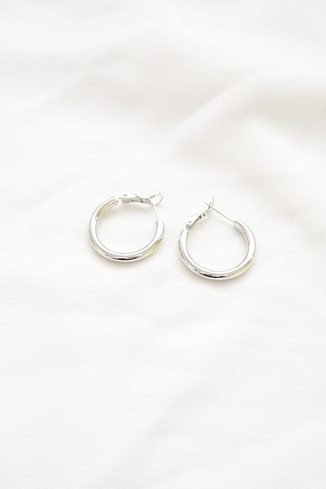 Basic Silver Hoops