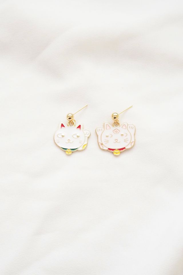Fortune Kitty Earstuds