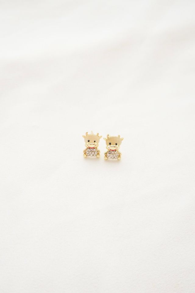 Cute Cow Earstuds (A)
