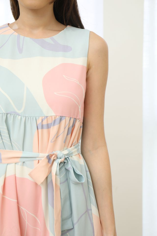 Abstract Babydoll Dress in Pink