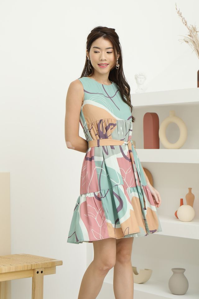 Abstract Babydoll Dress in Green