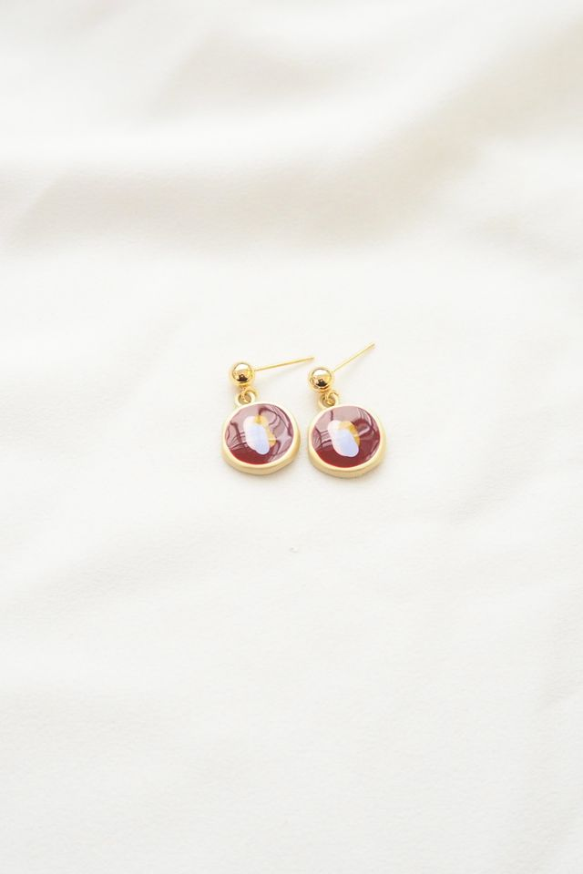 Colour Pop Earstuds in Maroon