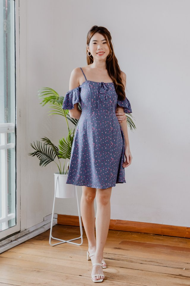 Cute Hearts Drop Shoulder Dress in Blue