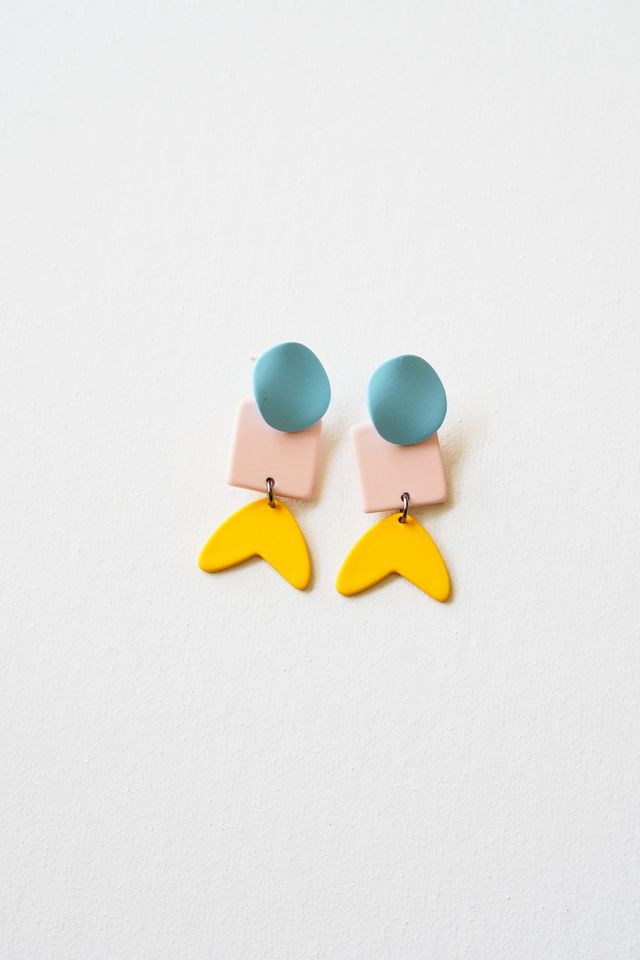 Hyio Earstuds in Pastel