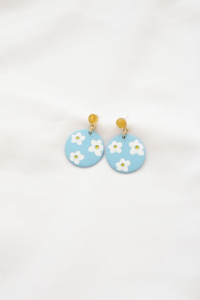 Small Daisies Earstuds