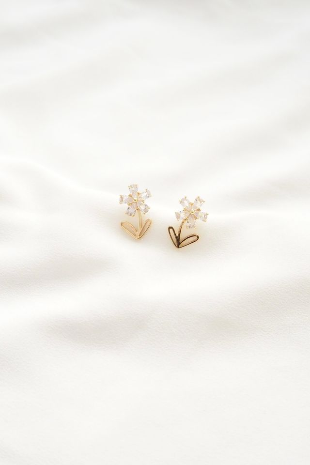 Kelyn Flower Earstuds